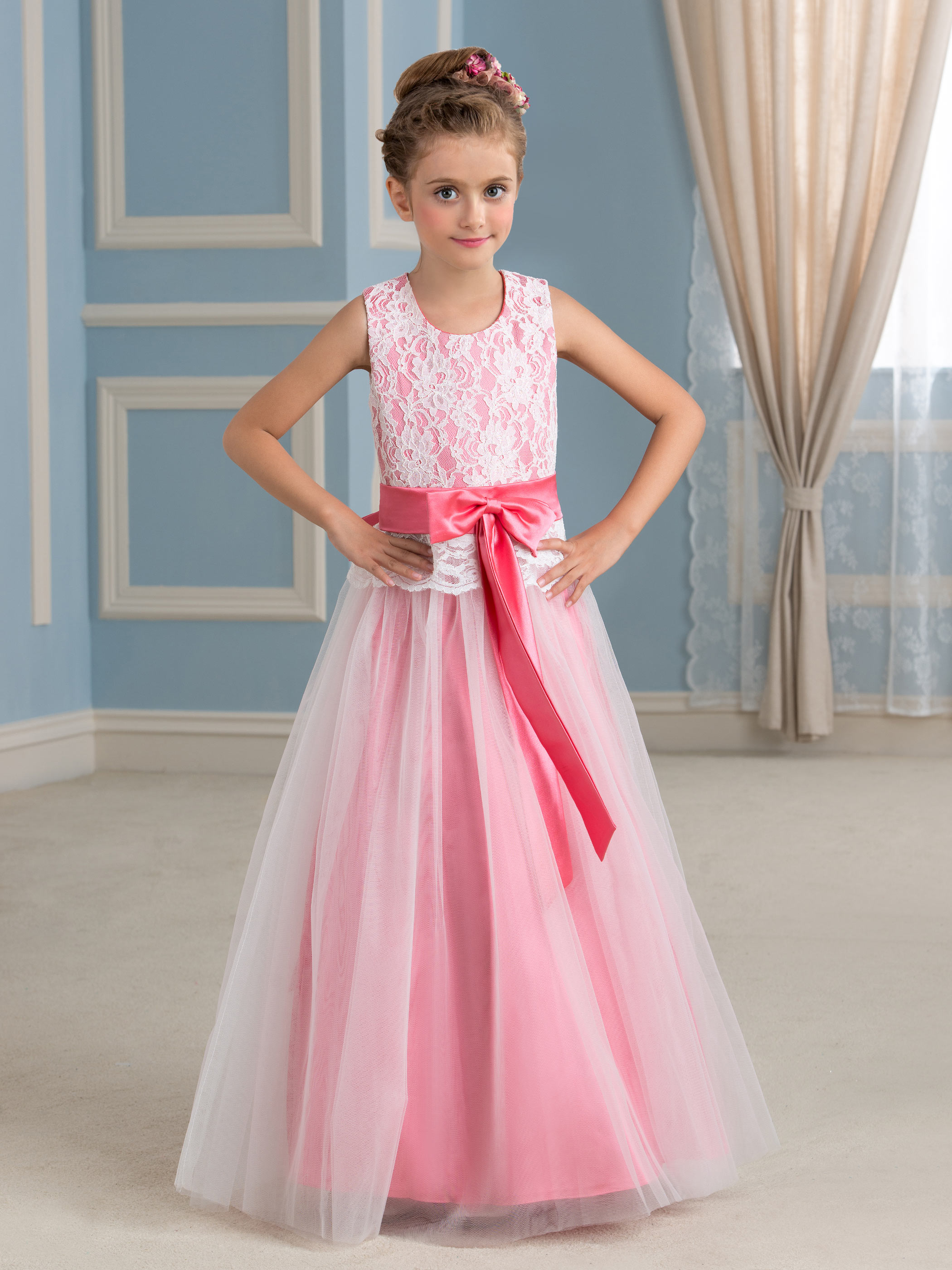 b60c66a99716 Cute Little Girl Dress